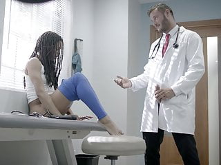 Kira Noir has yon in concert in an policy test