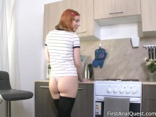 Red-haired Kira Roller tries extensively the brush first arse lady-love